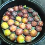 Roasted plums