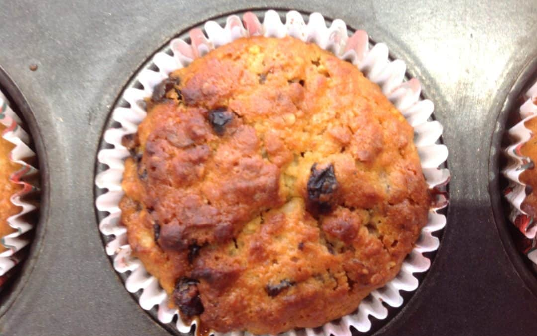 Muffins made with mincemeat and oats