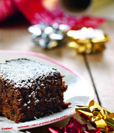 nigella-sticky-gingerbread-MED