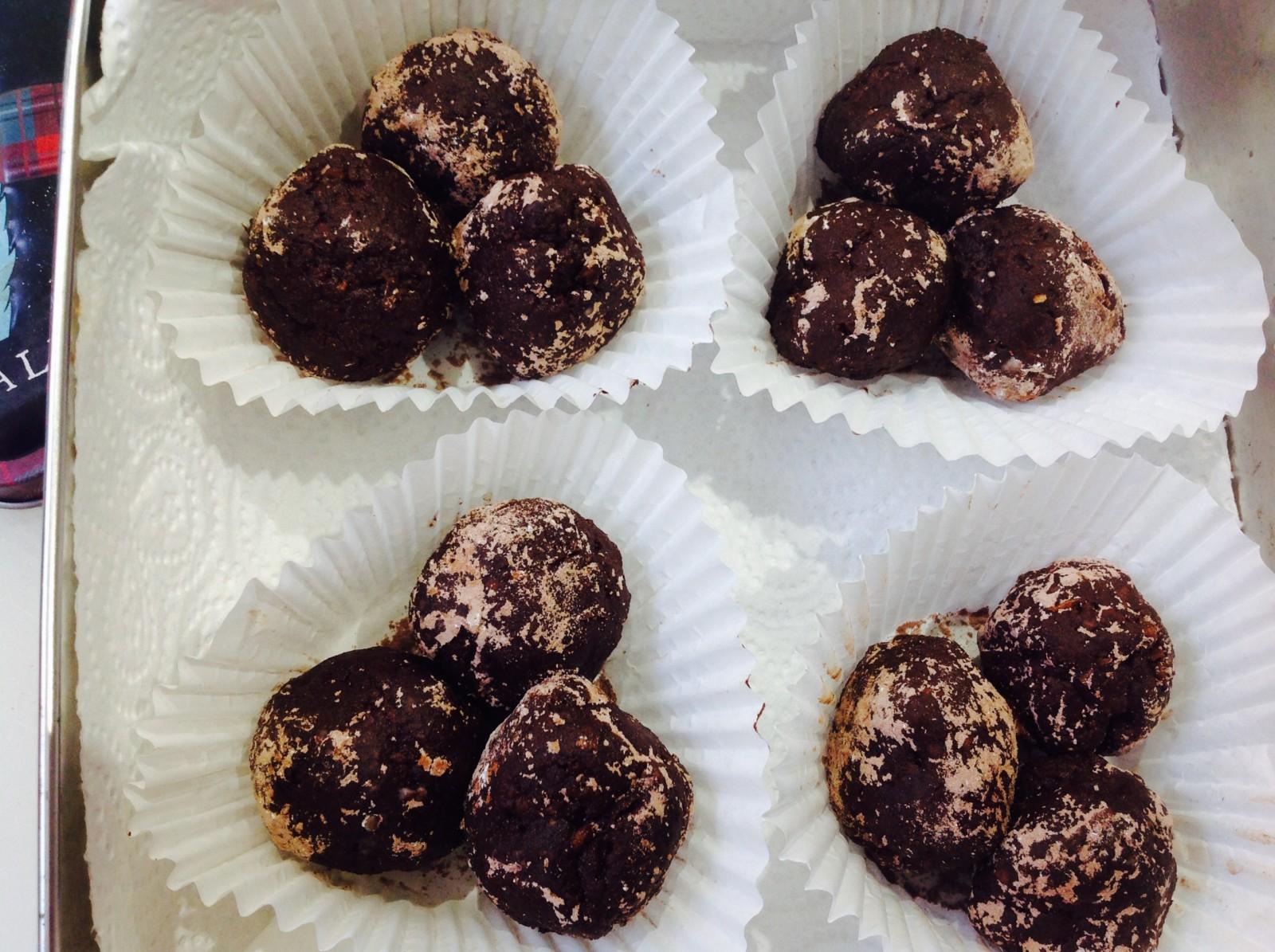 Walnut Nutella Ferraro Rocher type bites