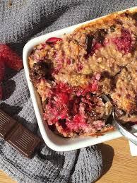 dark chocolate and raspberry baked oats