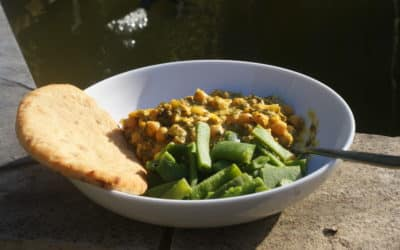 A gorgeous Chickpea, Mango and Coconut Curry